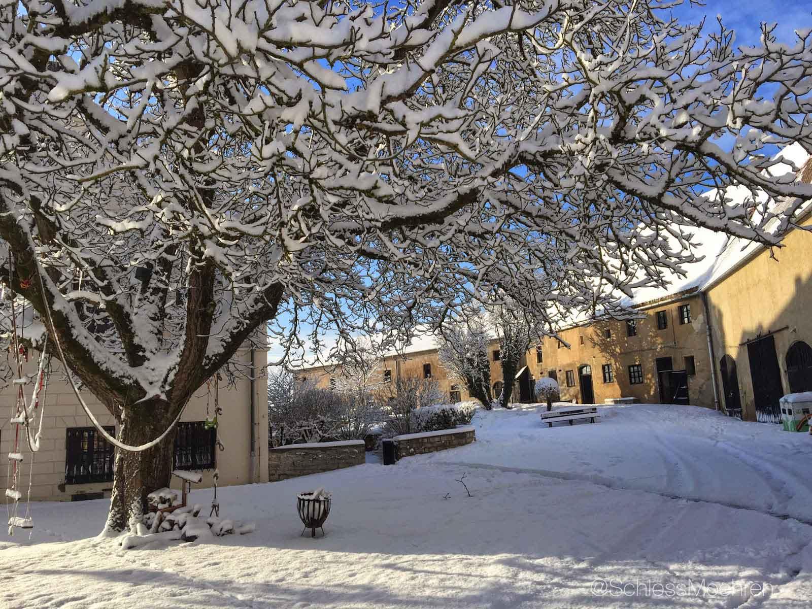 Centrale binnenplaats Kasteel | Schloss Möhren | Winter
