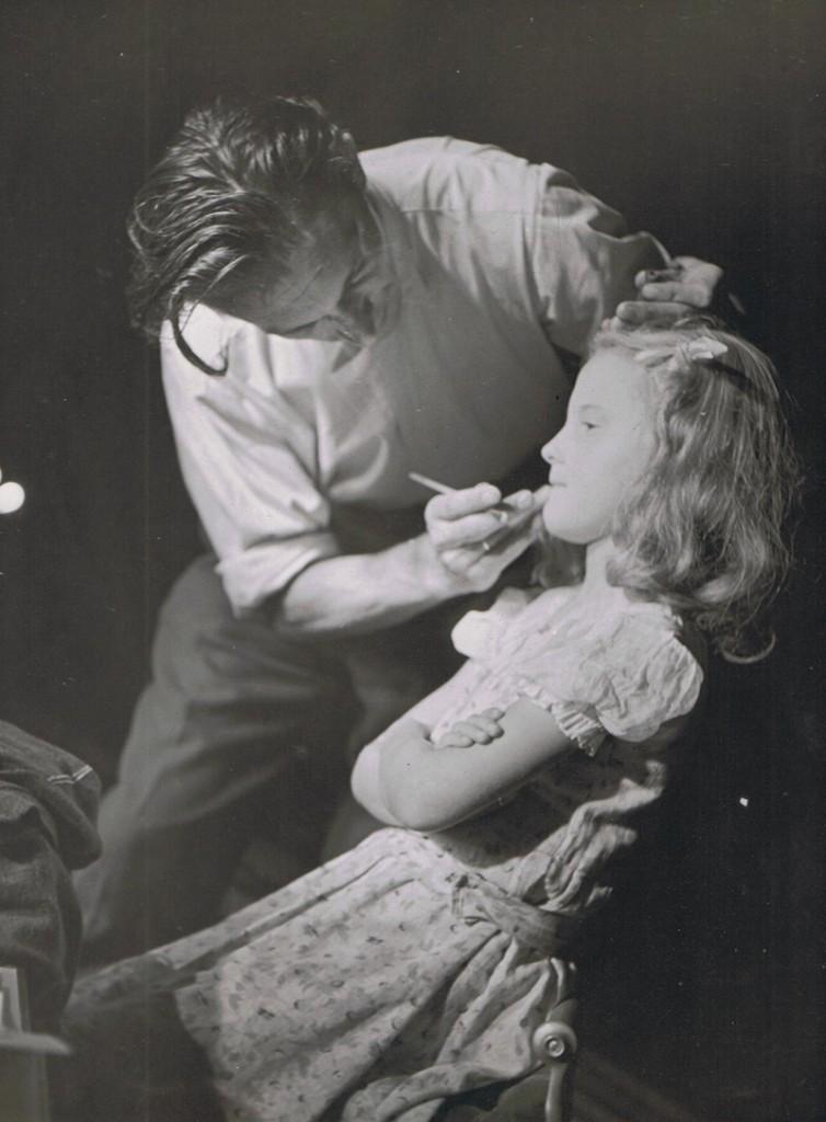 Paulida met haar vader Paul Bruno Schreiber