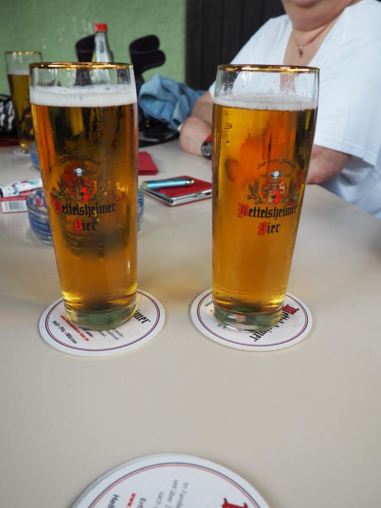 Wettelsheimer Bier Biergarten Schloss Blick Möhren