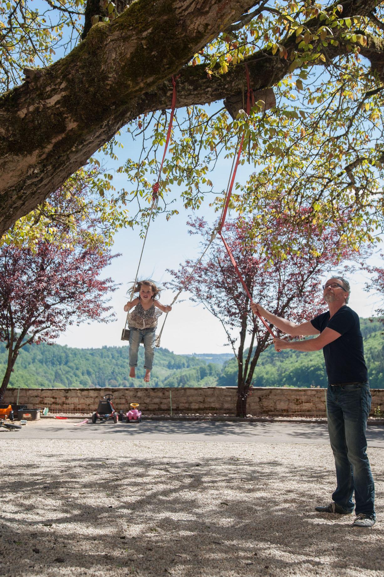 Schommel walnotenboom landgoed Schloss Möhren