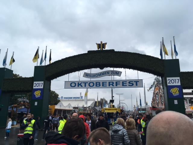 Gastblogger Wilfred Bruurmeijer Hoe overleef ik 1 dag op het Oktoberfest in München